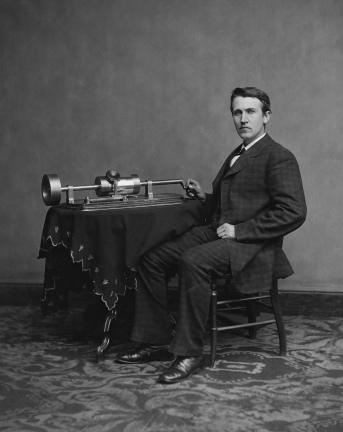 Edison_and_phonograph_edit2